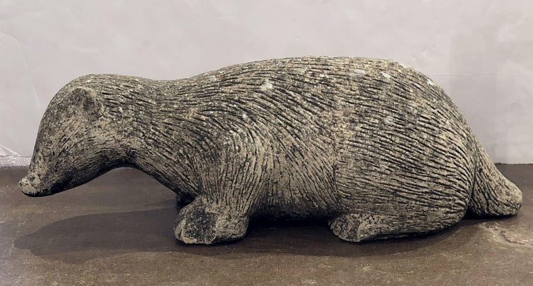 English Garden Stone Statue of a Badger In Good Condition For Sale In Austin, TX
