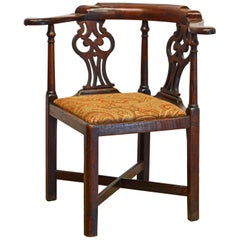 English George III Chippendale Carved Mahogany Corner Chair, Late 18th Century