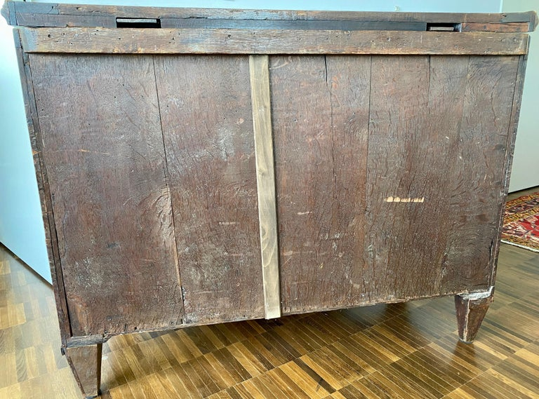 Dutch Burl Mahogany Commode/Sideboard, Late 18th Century For Sale 13