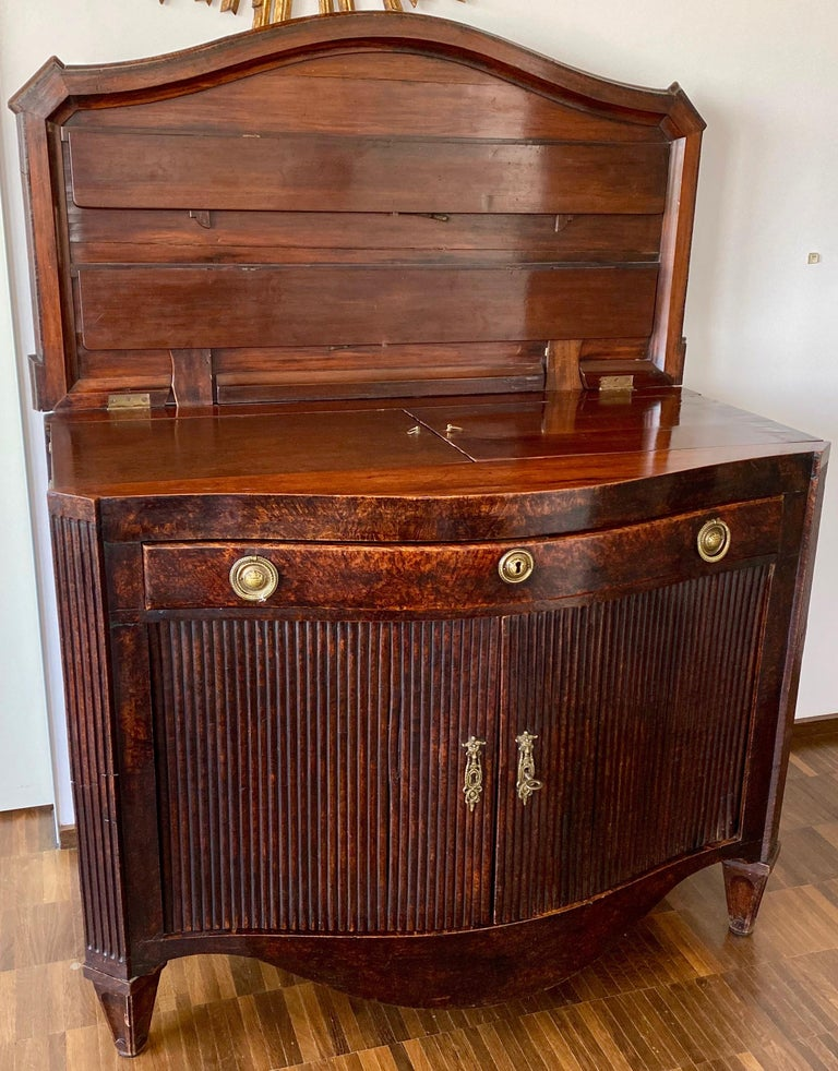 Dutch Burl Mahogany Commode/Sideboard, Late 18th Century For Sale 2