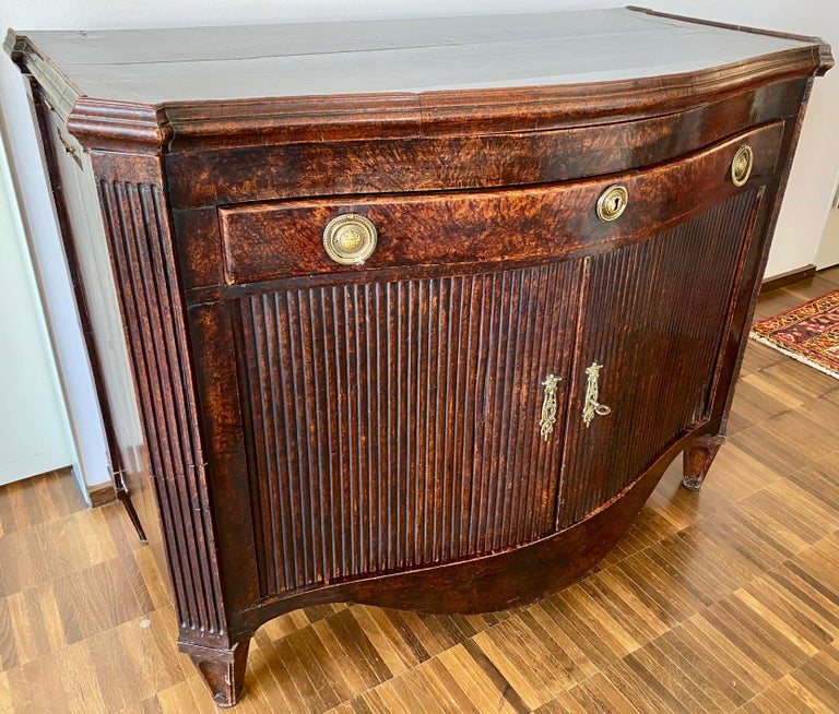 Dutch Burl Mahogany Commode/Sideboard, Late 18th Century For Sale 3