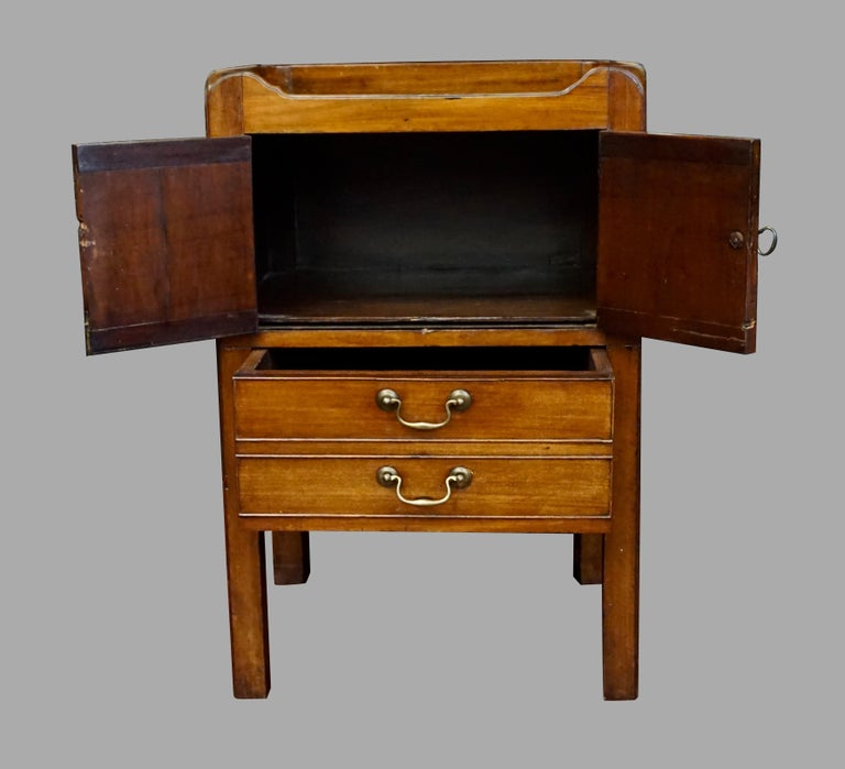 19th Century English George III Figured Mahogany Bedside Commode with Drawer For Sale