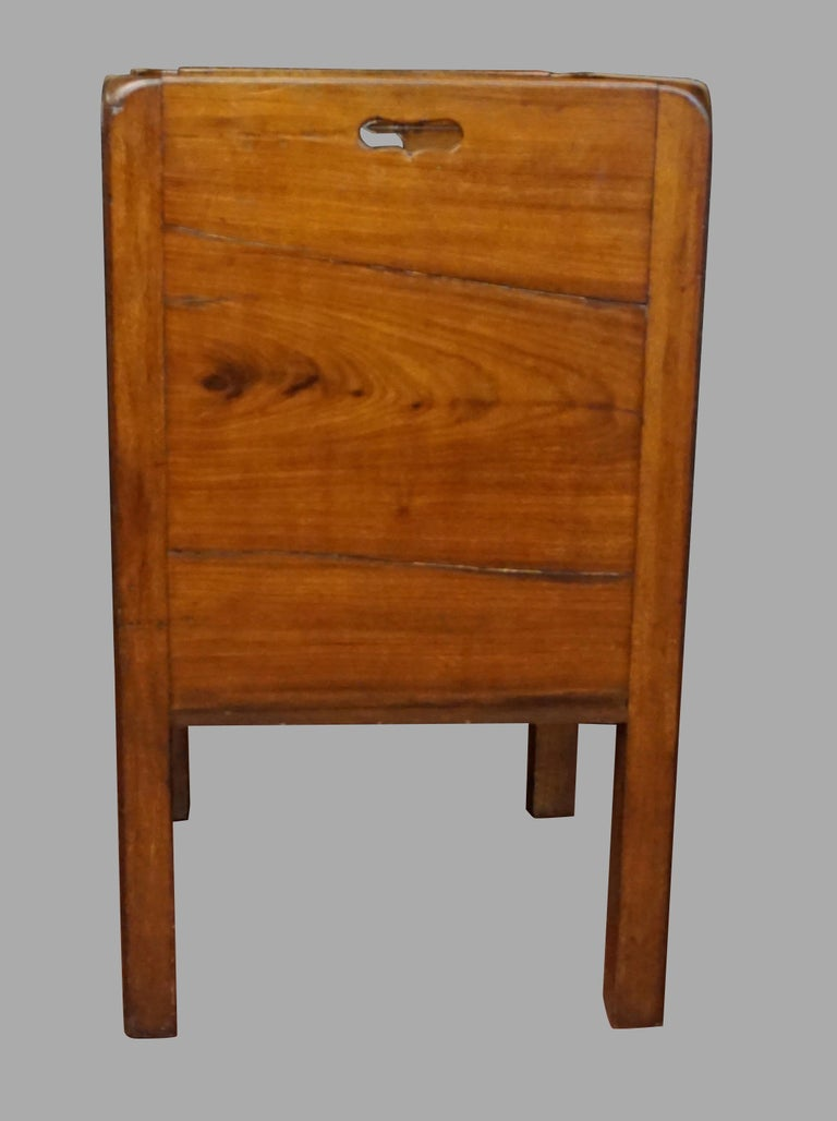 English George III Figured Mahogany Bedside Commode with Drawer For Sale 3