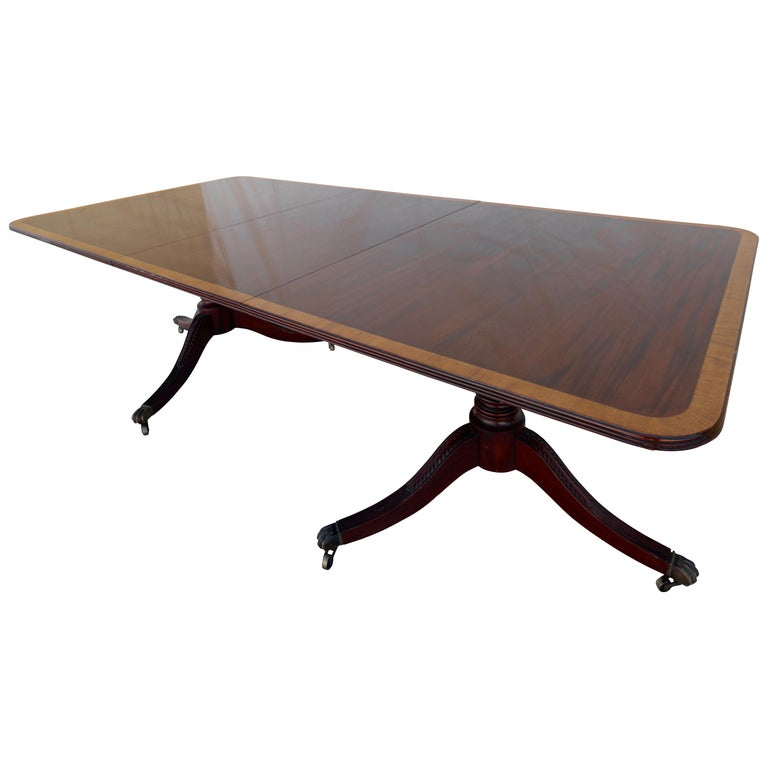 English George III Mahogany Banquet Dining Table, Early 19th Century For Sale