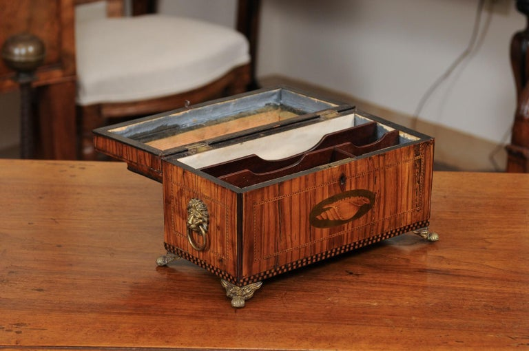 English George III Olive Wood and Shell Inlaid Letter Box, Early 19th Century In Good Condition For Sale In Atlanta, GA