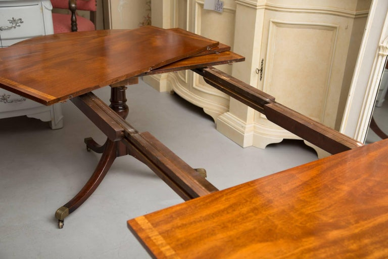 English George III Style Mahogany Twin Pedestal Mahogany Oval Dining Table For Sale 2