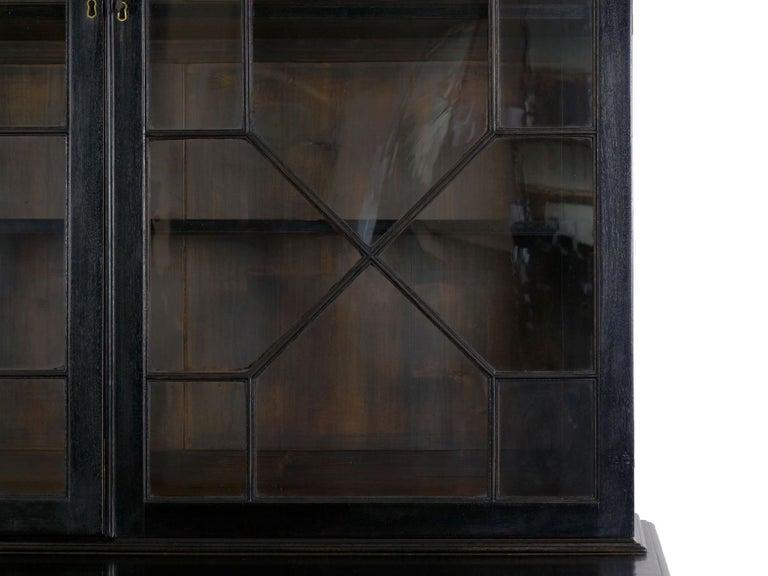 English Georgian Antique Butler's Secretary Desk with Bookcase, 19th Century For Sale 6