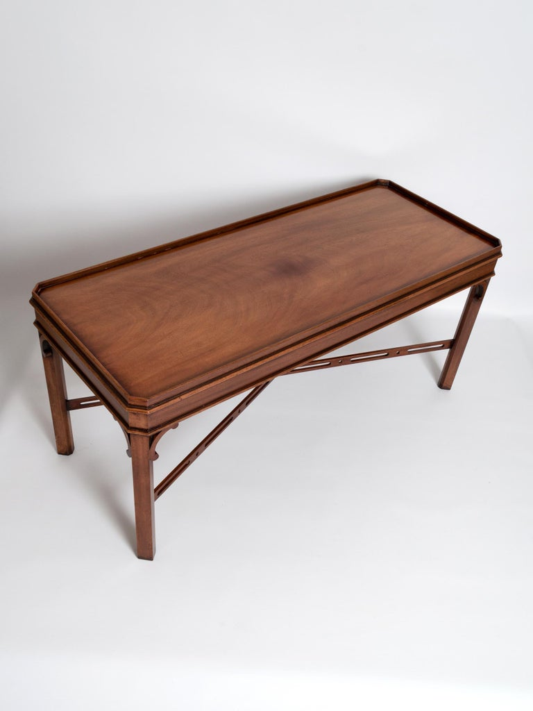 English Georgian Chippendale Style Mahogany Coffee Table by Brights of Nettlebed In Good Condition For Sale In London, GB