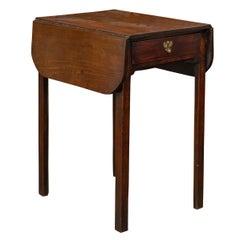 English Georgian Period 1800s Mahogany Pembroke Table with Single Drawer