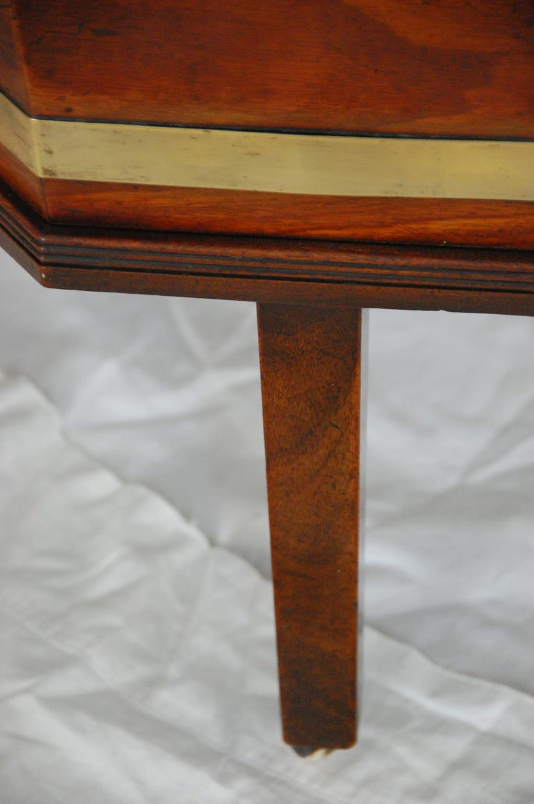 English Georgian Period Chippendale Mahogany Octagonal Cellarette Brass Bound For Sale 1