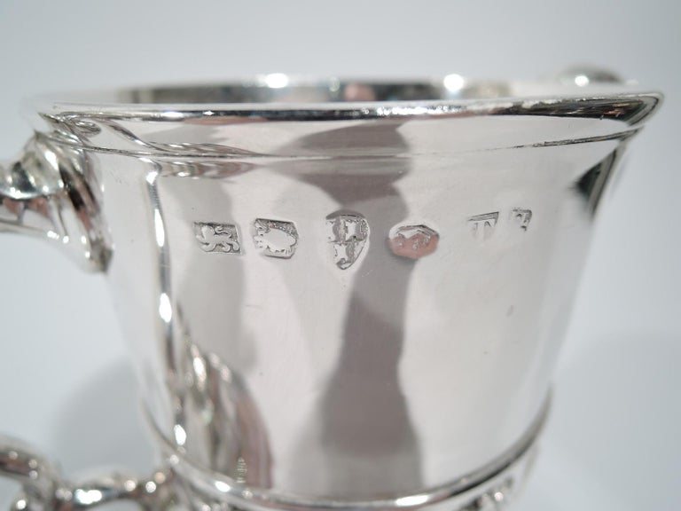 English Georgian Sterling Silver Classical Covered Urn by Newcastle Maker For Sale 3
