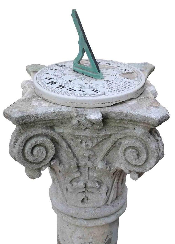 20th Century English Georgian Style Limestone Garden Sundial For Sale