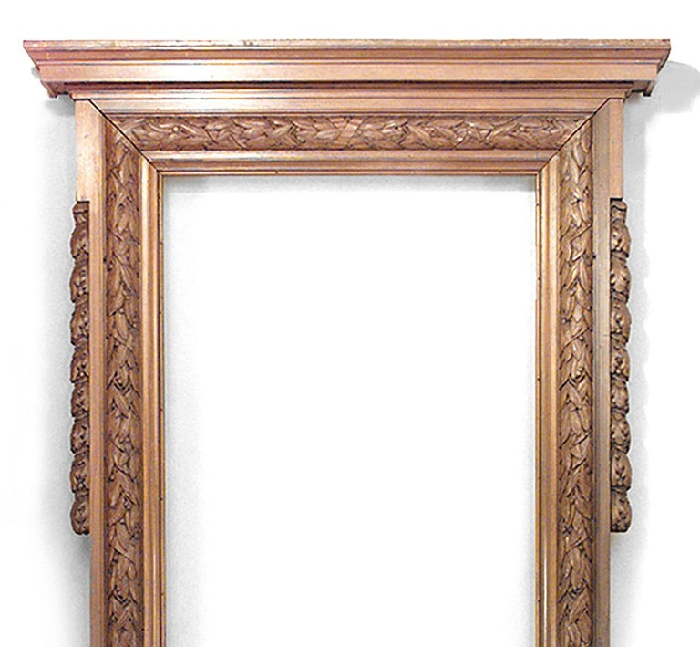 English Georgian style mahogany carved archways with oak and laurel leaf design (Belmont Estate, Long Island/19th century).