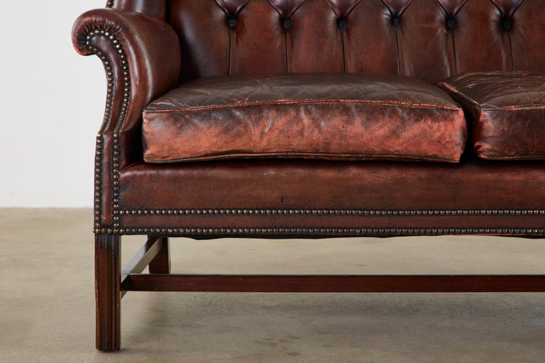 English Georgian Style Tufted Leather Chesterfield Wingback Settee For Sale 4