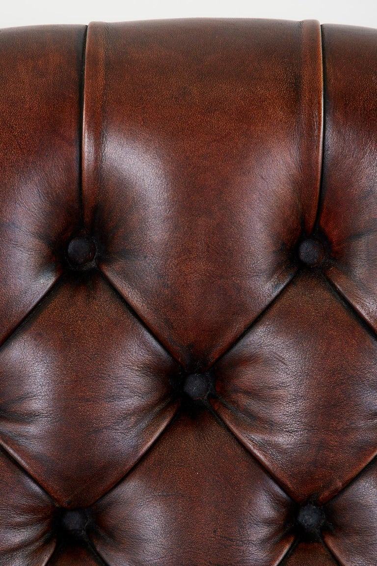 English Georgian Style Tufted Leather Chesterfield Wingback Settee For Sale 7