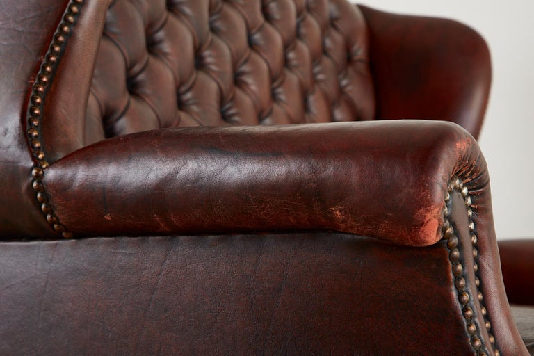 English Georgian Style Tufted Leather Chesterfield Wingback Settee For Sale 12