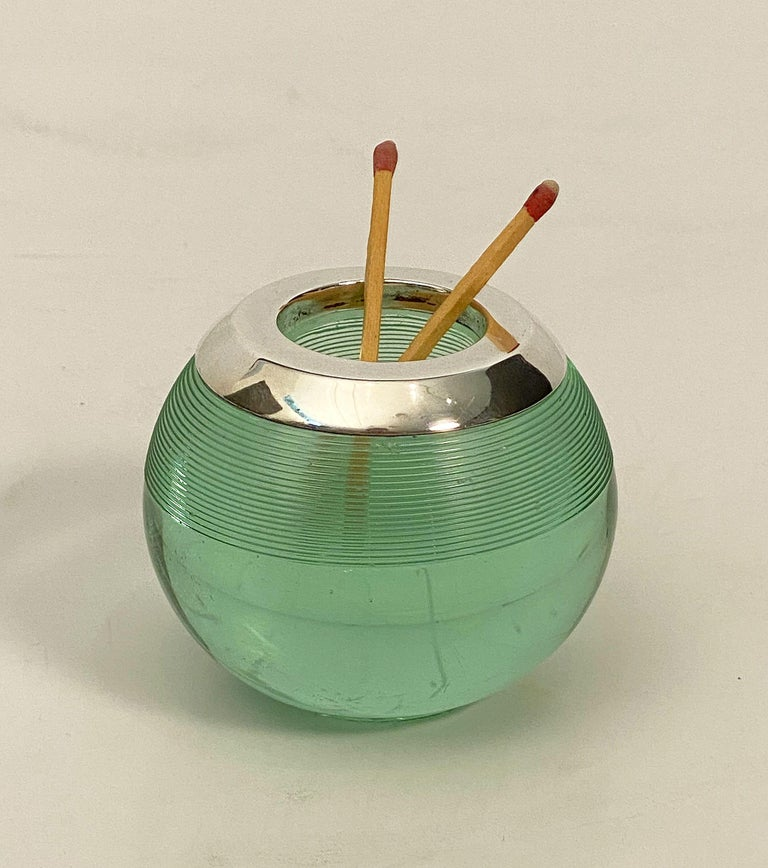 English Green Match Striker with Sterling Silver Rim For Sale 9