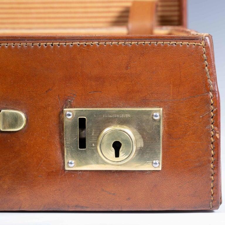 English Leather Attaché Case, circa 1940 For Sale 4