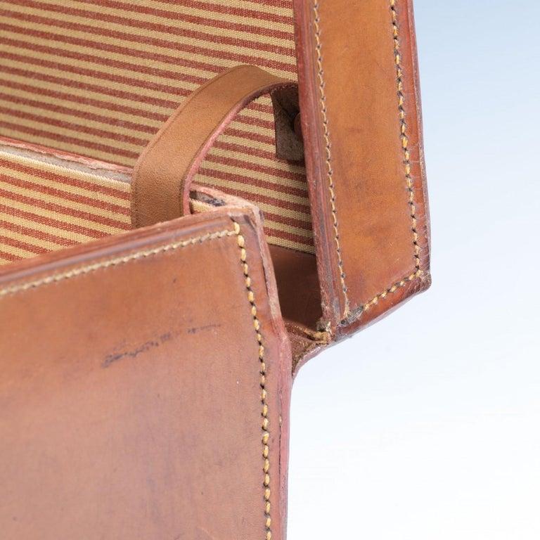 English Leather Attaché Case, circa 1940 For Sale 5