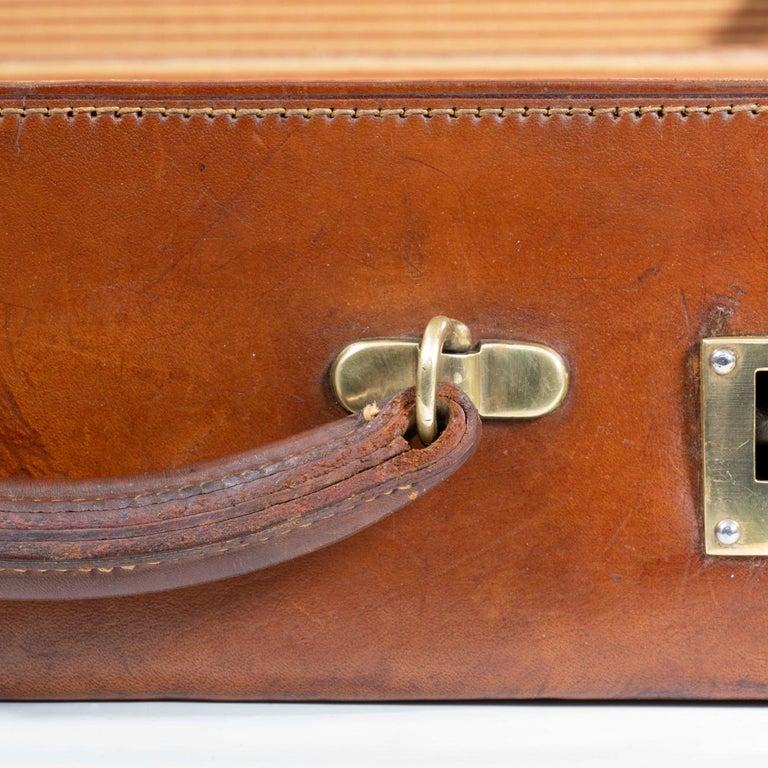 English Leather Attaché Case, circa 1940 For Sale 7