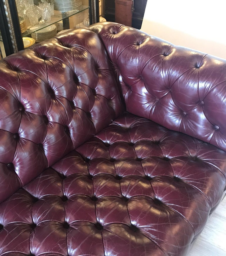 English Leather Chesterfield Sofa 4
