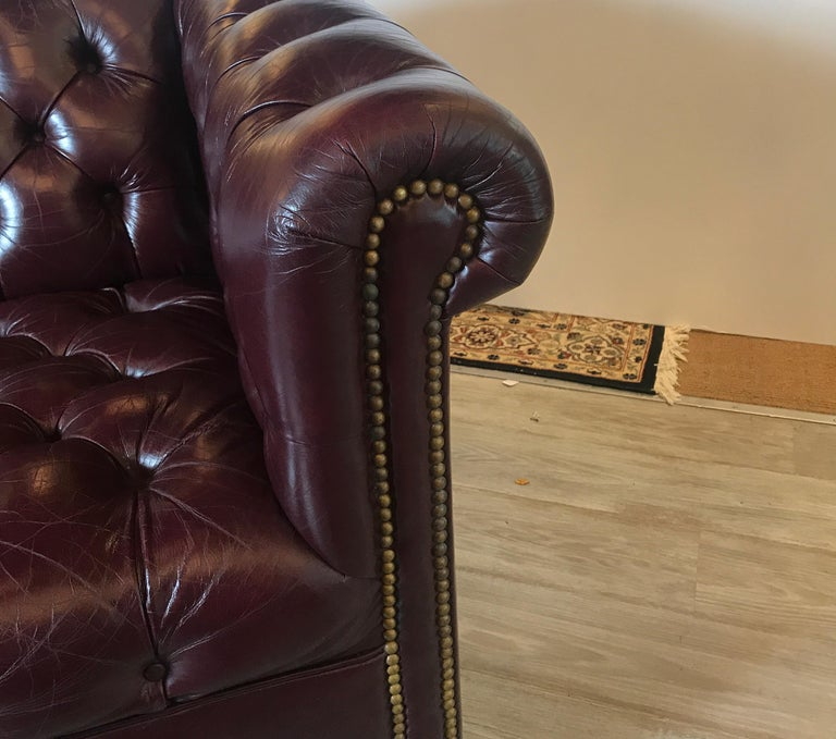 English Leather Chesterfield Sofa 5