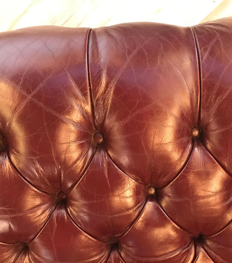 English Leather Chesterfield Sofa 9