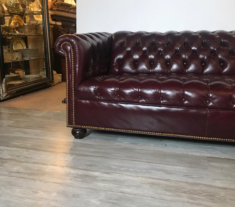 English Leather Chesterfield Sofa 1