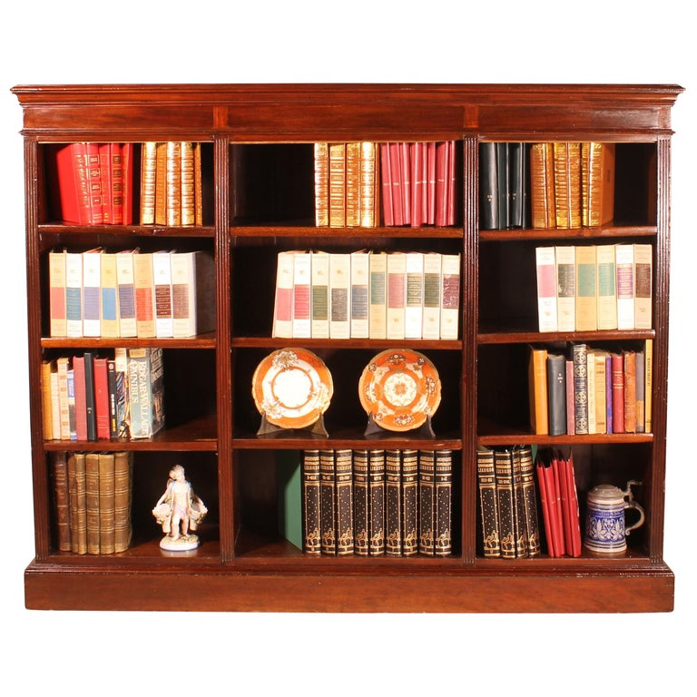 English Low Open Bookcase in Mahogany For Sale
