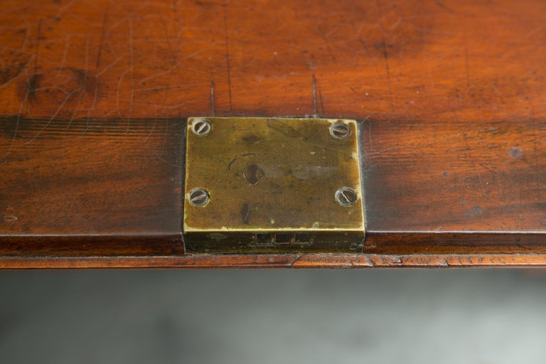 English Mahogany 18th Century Slant Top Desk For Sale 4