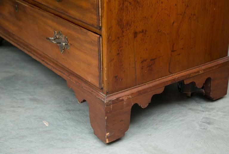 English Mahogany 18th Century Slant Top Desk For Sale 5