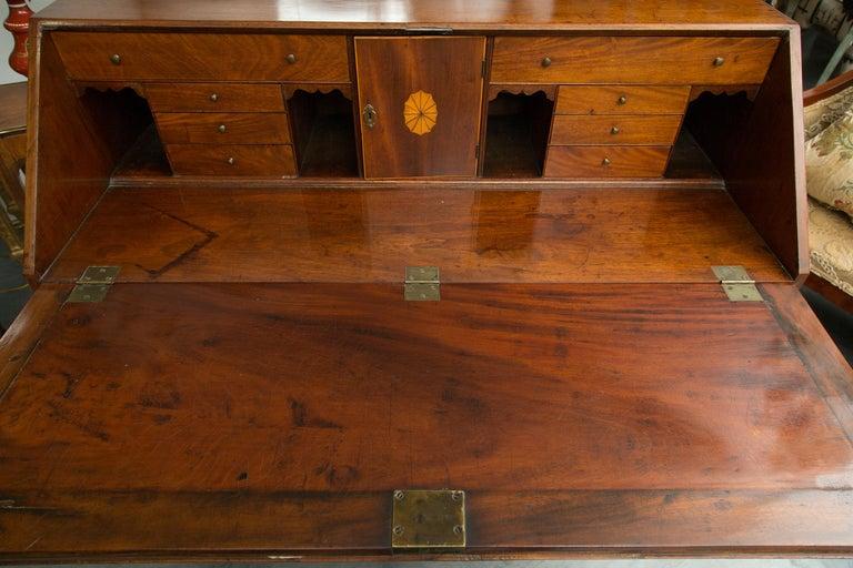 English Mahogany 18th Century Slant Top Desk For Sale 6