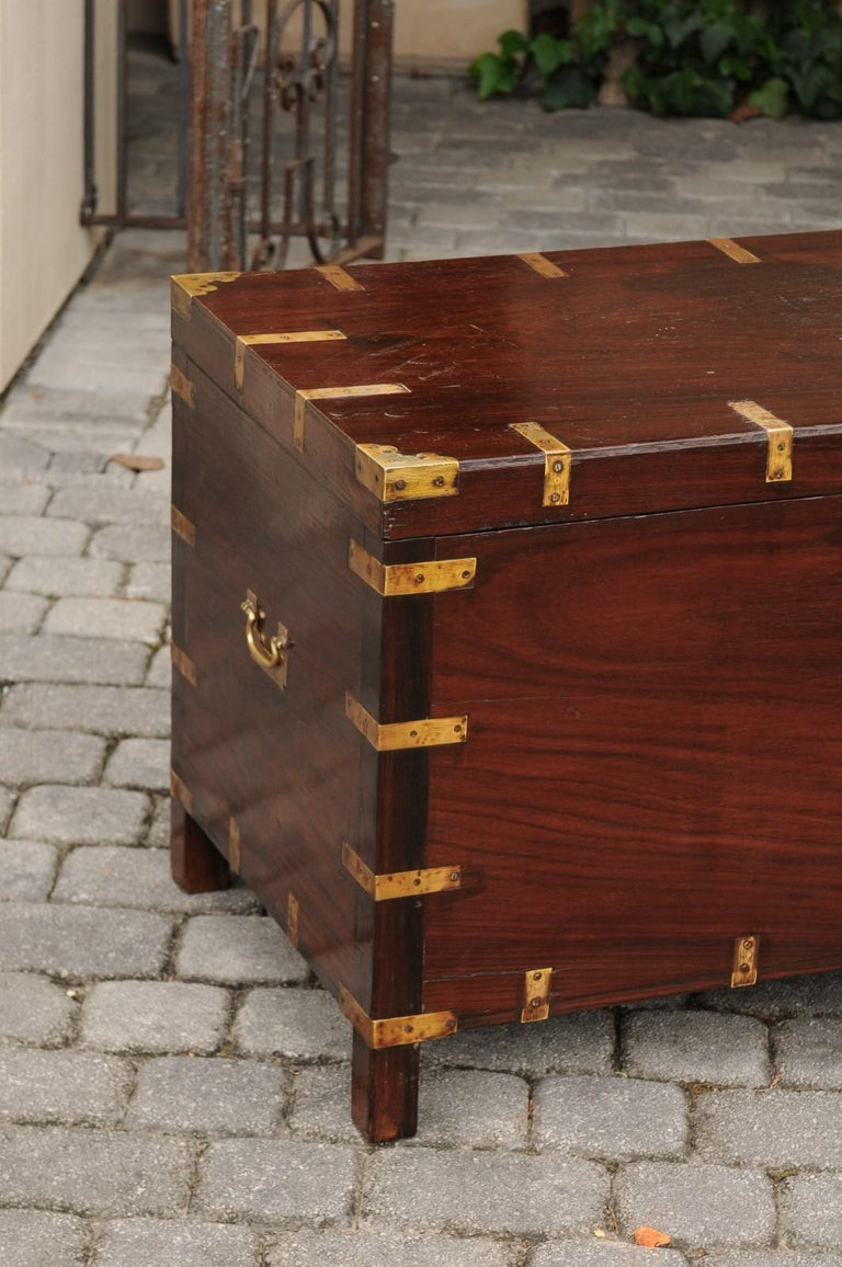 English Mahogany Brass-Bound Campaign Trunk with Lateral Handles, circa 1870 For Sale 13