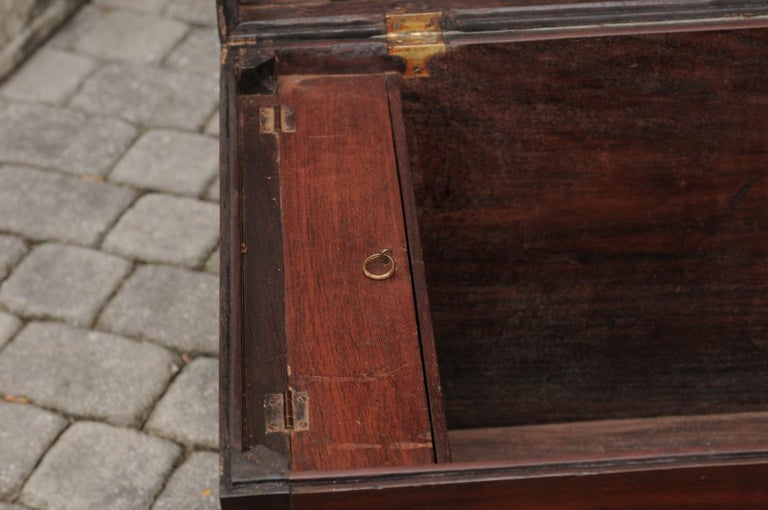 English Mahogany Brass-Bound Campaign Trunk with Lateral Handles, circa 1870 In Good Condition For Sale In Atlanta, GA