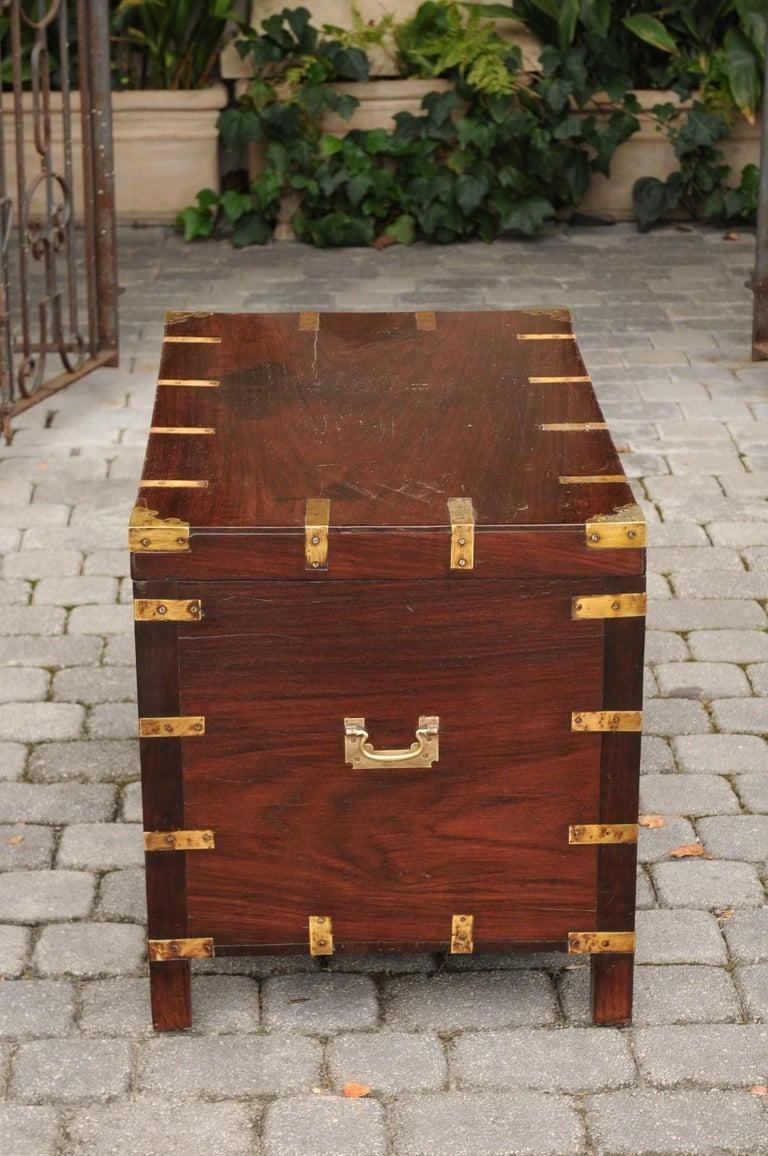 English Mahogany Brass-Bound Campaign Trunk with Lateral Handles, circa 1870 For Sale 2
