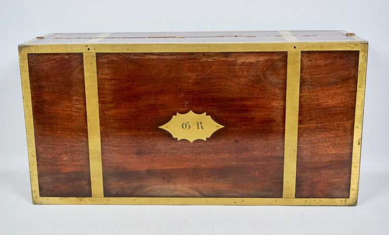 English Mahogany Campaign Style Brass Bound Traveling Desk In Good Condition For Sale In San Francisco, CA