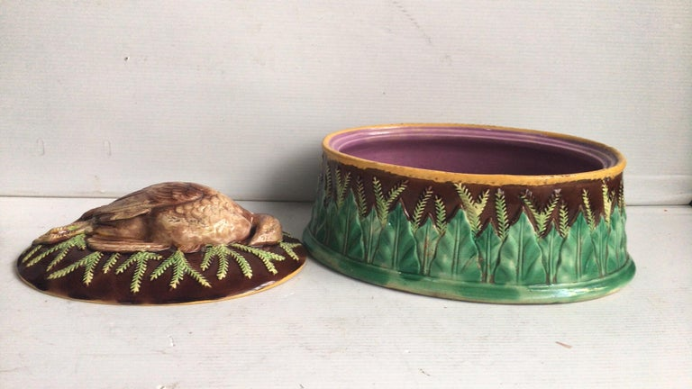 English Majolica Game Pie Dish George Jones In Good Condition For Sale In The Hills, TX