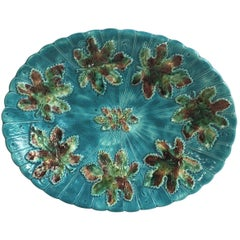 English Majolica Platter with Leaves, circa 1890