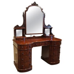 English Mansion House Victorian Mahogany Dressing Table, circa 1865
