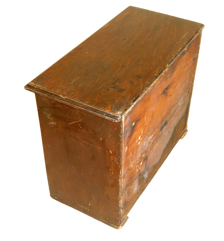 George II English Mid-18th Century Miniature Oak Kneehole Desk For Sale