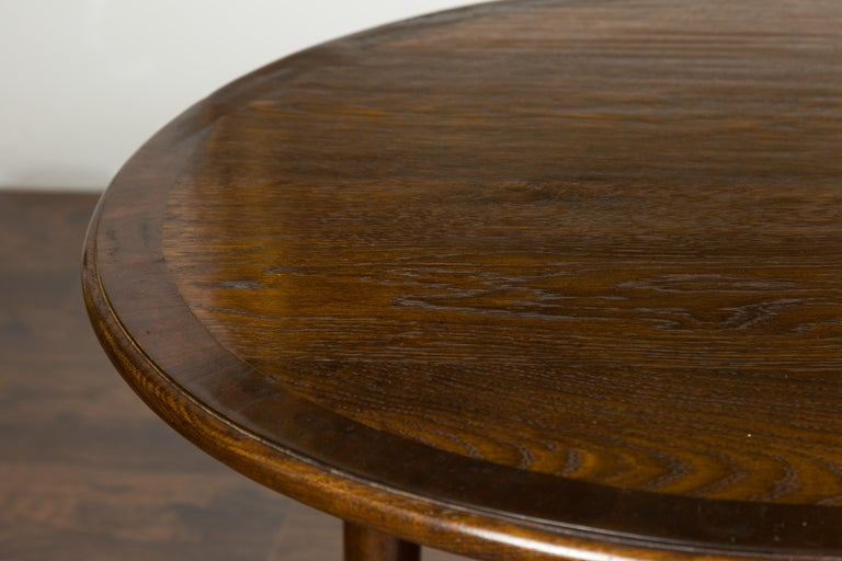 English Midcentury Oak Side Table with Round Top, Cylindrical Legs and Pad Feet 2