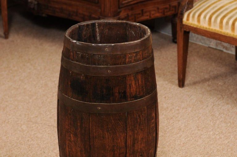 English Oak and Brass Barrell, Late 19th Century For Sale 7
