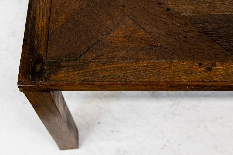 English Oak Coffee Table In Good Condition In Wilson, NC