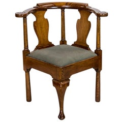 English Oak Queen Anne Corner Chair