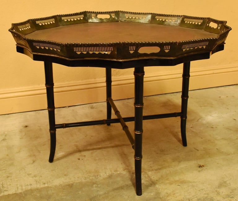 Victorian English Painted Tole Tray Table, 19th Century For Sale