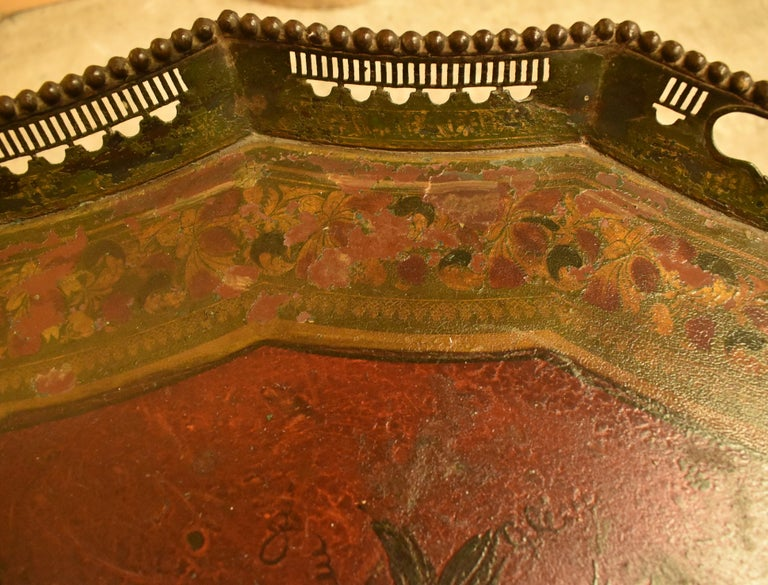 Hand-Carved English Painted Tole Tray Table, 19th Century For Sale