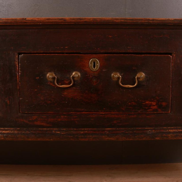English Patinated Pine Dresser Base In Good Condition For Sale In Leamington Spa, Warwickshire