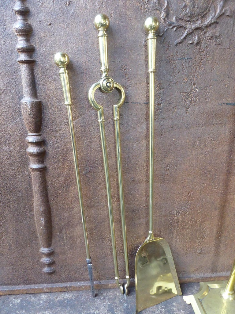 English Polished Brass Victorian Companion Set or Fireplace Tool Set For Sale 2