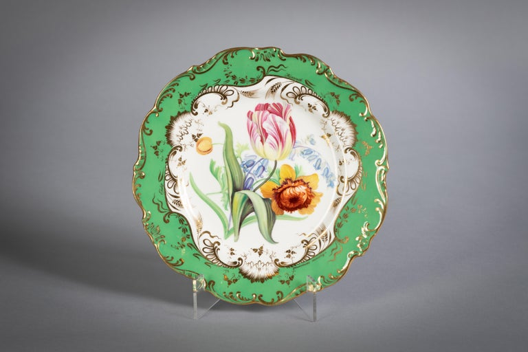 English Porcelain Botanical Dinner Service, Coalport, circa 1840 For Sale 6