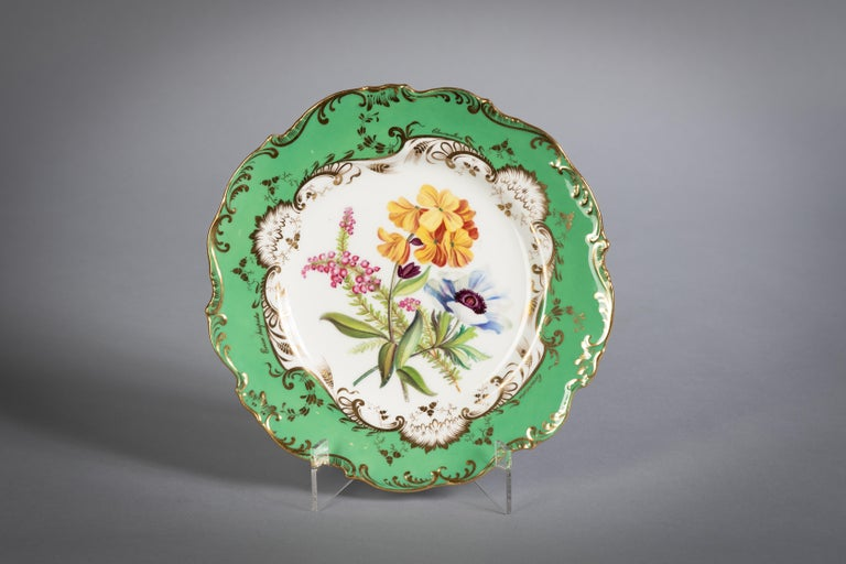 Mid-19th Century English Porcelain Botanical Dinner Service, Coalport, circa 1840 For Sale